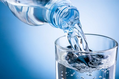 Water requirements and the advantages of drinking it in the morning